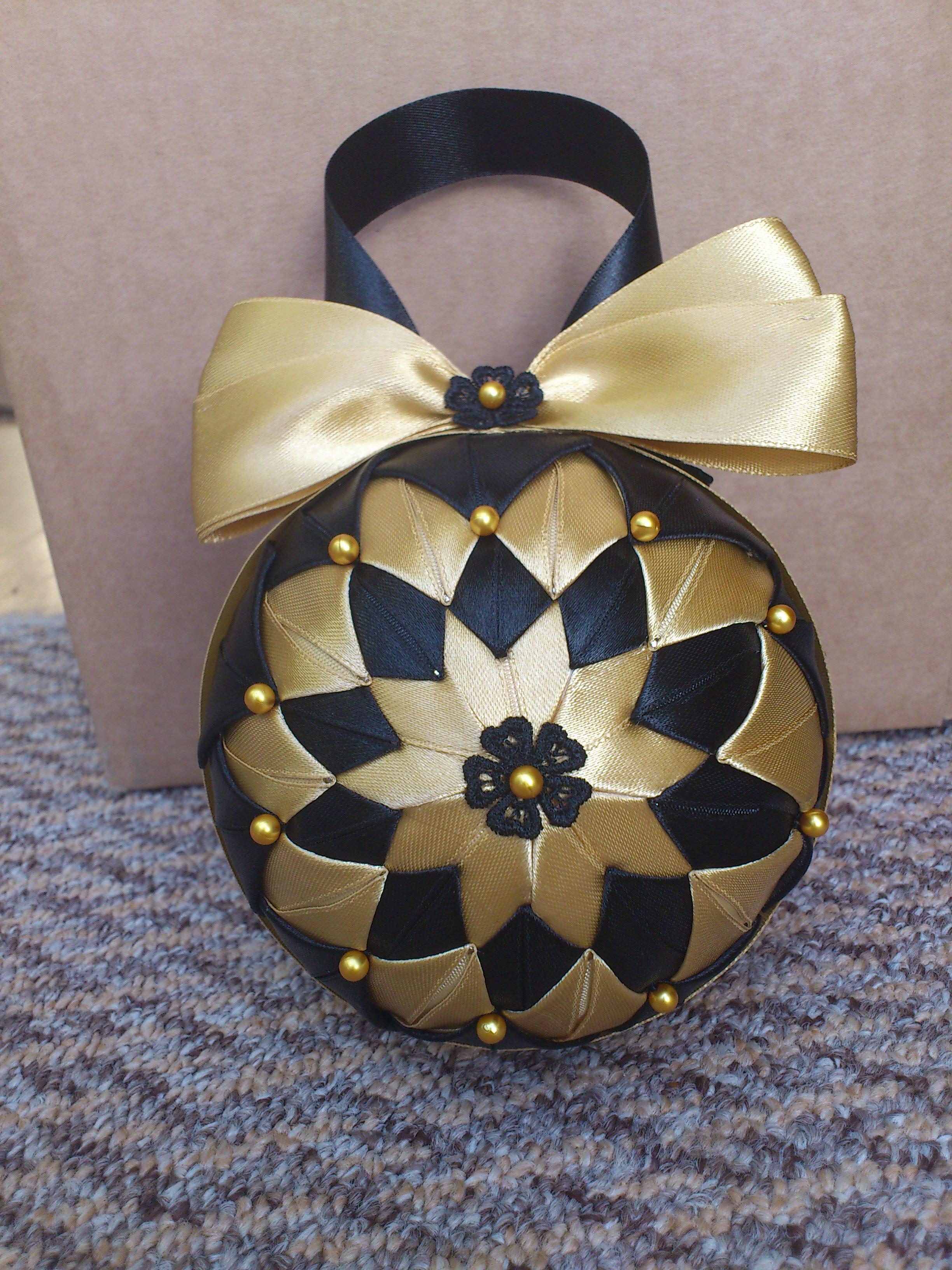 hcd004 christmas baubles black gold handmade christmas. Black Bedroom Furniture Sets. Home Design Ideas