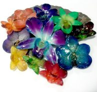 5. Elisa Loves Jewellery & Wedding Accessories real flower glass bead collection