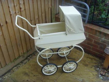 Little Tinkers Restoration pram