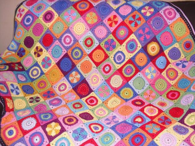3. Craigloves2crochet blanket