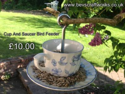Bevs craft works cup bird feeder