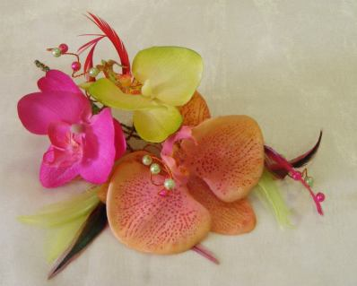 6. AM FLOWERS PROFESSIONAL FLORISTS, VENUE AND EVENT DRESSING silk flowers