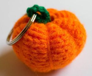 craftykath cards halloween keyring