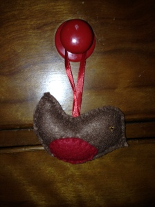 10. LITTLE TINKERS CRAFT SHOP Item 5 Felt robbin